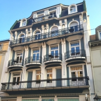 Historisches Wohn- und Geschäftshaus
