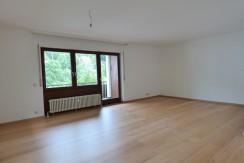 Charmante 2-Zimmer-Wohnung mit umlaufender Sonnenterrasse in zentraler und ruhiger Wohnlage