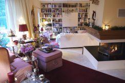 Charmantes Einfamilienhaus mit Landhaus-Charakter  in bevorzugter Stadtteil-Halbhöhenlage