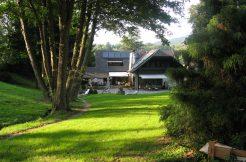 Hochwertiges Landhaus auf traumhaftem Parkgrundstück