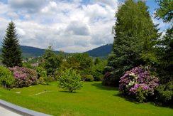 Traumhaftes Refugium mit Gartenparadies in Bestlage