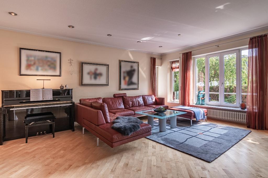 Elegantes Einfamilienhaus in exponierter Wohnlage