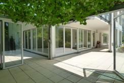 Exklusive 4-Zimmer-Wohnung mit großzügiger Sonnenterrasse in exponierter Allee-Wohnlage