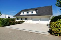 Repräsentatives, freistehendes Einfamilienhaus  mit großer Doppelgarage in citynaher Wohnlage
