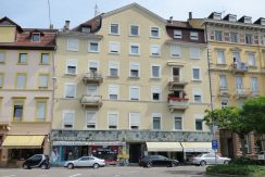 Stadtbildprägendes Wohn-/Geschäftshaus mit 10 Wohn- und 3 Gewerbeeinheiten an der Fußgängerzone