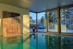 Innen - Schwimmbad 02