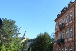 Imposantes Mehrfamilienhaus in 1-A Lage